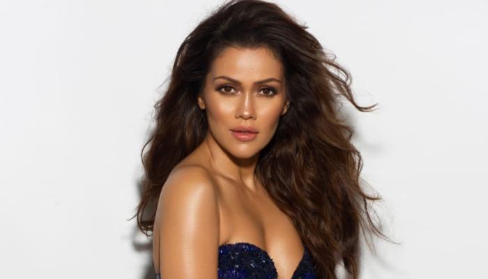 Actress Waluscha De Sousa is all set to host 'Celebrity Cricket League'