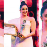 Asiavision Awards 2018- Actress Kiara Advani receives the Emerging Star Of The Year Award!