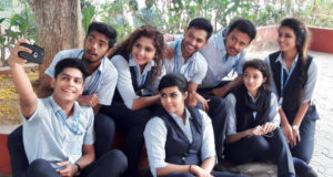 Oru Adaar Love 1st / 2nd Day Collection, Remains Decent on Friday at Box Office