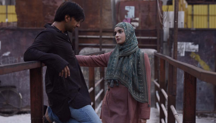 Gully Boy 15th Day Collection, Ranveer-Alia's Film Completes 2 Weeks on a Good Note
