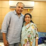 Iconic Singer Asha Bhosle Calls Shot On The Sets Of Ashutosh Gowariker's Magnum Opus Panipat
