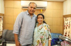 Iconic Singer Asha Bhosle Calls Shot On The Sets Of Ashutosh Gowariker's Magnum Opus Panipat