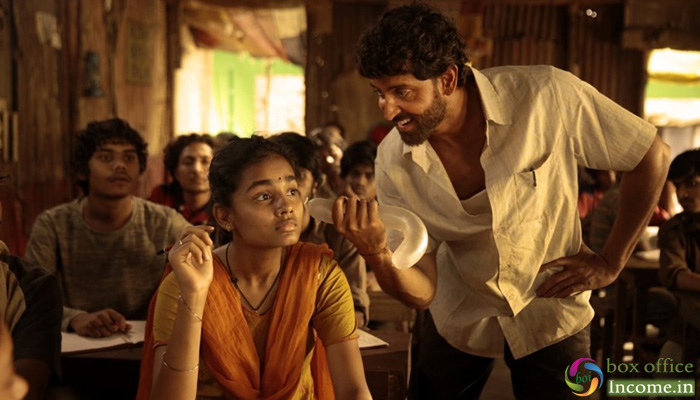 Super 30 3rd Day Collection, Vikas Bahl's Film Passes the Weekend on an Excellent Note