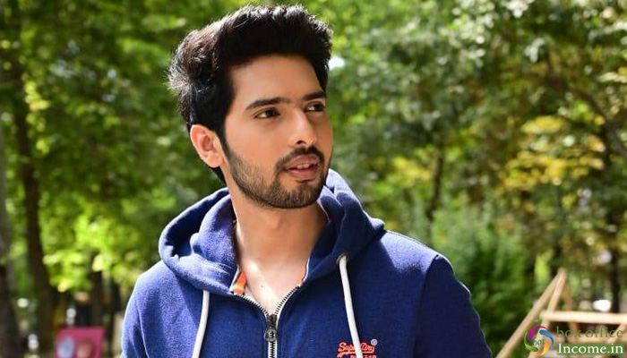 Armaan Malik to unleash his first heartbreak song, 'Tootey Khaab'!