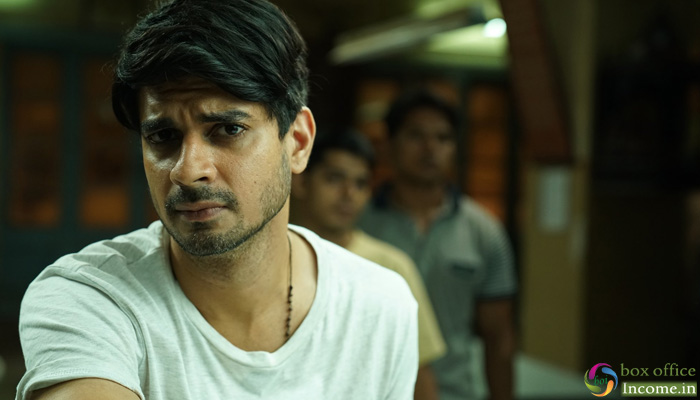 Chhichhore 16th Day Collection, Nitesh's Film Takes a Good Jump on 3rd Saturday!