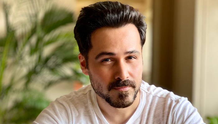 Emraan Hashmi to star in Comedy Drama 'Sab First Class', Directed by Balwinder Singh Janjua!