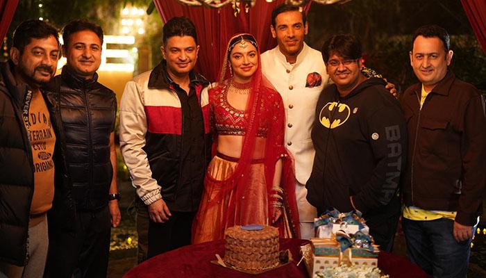 Divya Khosla Kumar Celebrates her Birthday On The Sets of 'Satyameva Jayate 2'