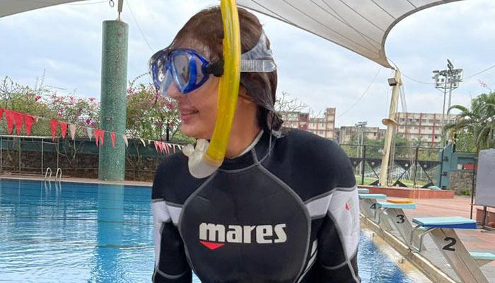 Dhvani Bhanushali begins Scuba Diving Course Ahead of Maldives Vacation!