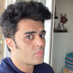 Maniesh Paul sports a clean shaven look after a long time; Asks fans for reviews!