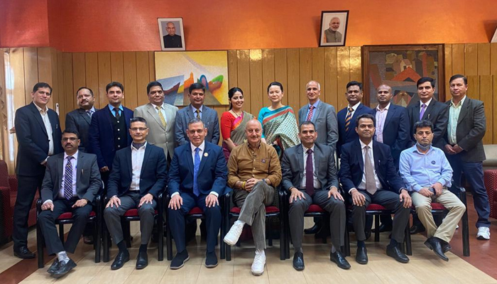 Anupam Kher interacts with Police Officers, staff in Shimla!