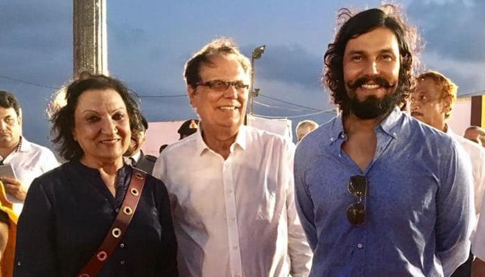 Randeep Hooda wishes parents on their 50th Wedding Anniversary