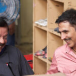 Akshay Kumar shares a happy picture with director Priyadarshan; Duo discuss their next film!