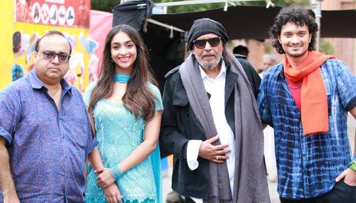 Bad Boy: Mithun Chakraborty to do cameo in the song Janab-E-Ali from Rajkumar Santoshi's directorial!