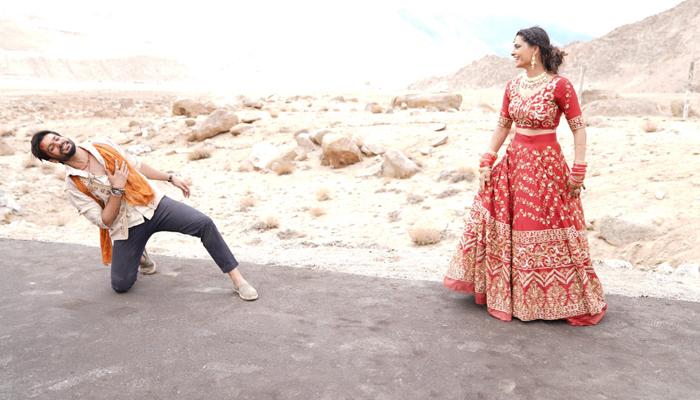 Sunny Kaushal & Saiyami Kher come together for the first time for 'Dil Lauta Do' sung by Jubin Nautiyal & Payal Dev