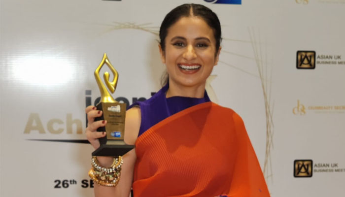 Rasika Dugal bags 'Most Versatile Actor Of The Year' at Iconic Achievers Awards