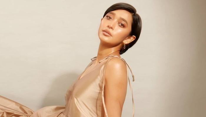 Sayani Gupta celebrates her birthday by shooting for her next project!